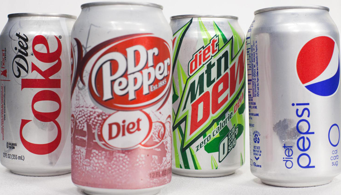 DIET SODA LINKED TO GREATER OBESITY IN SENIORS